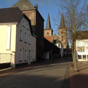 Hotelbilleder: Bed and Breakfast am Meerturm, Xanten