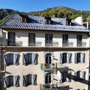 Hotel Pictures: Hôtel La Montagne Fleurie, Barèges