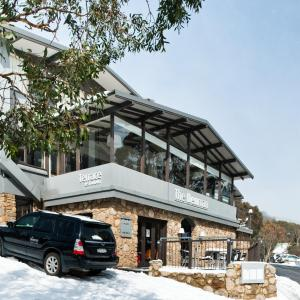 Hotel Pictures: The Denman Hotel in Thredbo, Thredbo