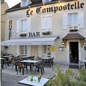 Hotel Pictures: Le Compostelle, Vézelay
