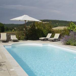 Hotel Pictures: Le Clos Du Murier, Chassignelles