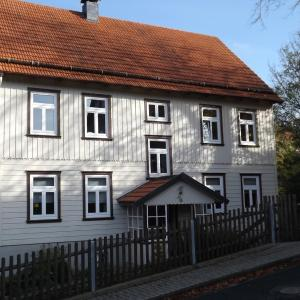 Hotel Pictures: Landhaus Lautenthal, Lautenthal