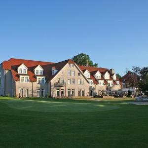 Hotel Pictures: Ahauser Land & Golfhotel, Alstätte