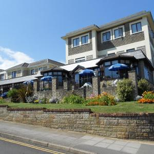 Hotel Pictures: The Wight Bay Hotel, Sandown