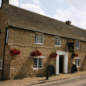 Hotel Pictures: Queens Head Inn, Nassington