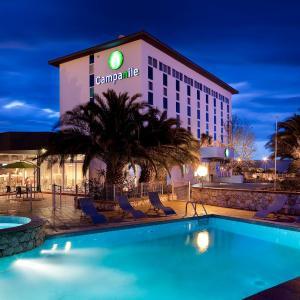 Hotel Pictures: Campanile Perpignan Aéroport, Rivesaltes