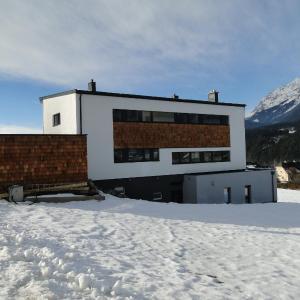 Fotos do Hotel: Appartement Gipfelsturm, Haus im Ennstal