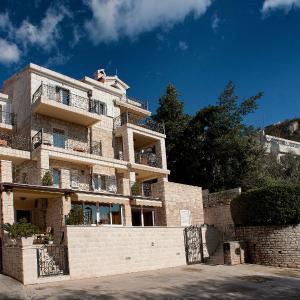 Hotel Pictures: Apartments Vukšić, Sveti Stefan