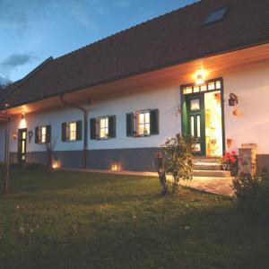 Фотографии отеля: Sonnenhaus Grandl, Фельдбах