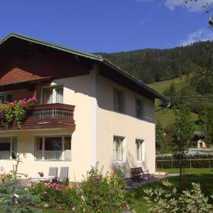 Foto Hotel: Ferienhaus Försterlisl, Kleinarl