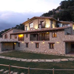 Hotel Pictures: Font D'en Torres Solo Adultos, Morella