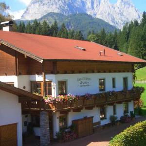 Hotel Pictures: Haus Huber, Kirchdorf in Tirol