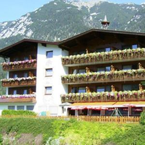 Hotel Pictures: Sportpension Geisler, Achenkirch