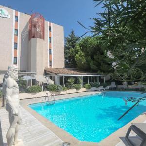 Фотографии отеля: Hôtel Campanile Antibes, Антиб