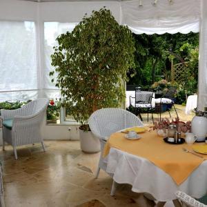 Hotelbilleder: Hotel Ebnet Garni, Lindau