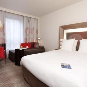 Hotel Pictures: Novotel Paris Pont De Sevres, Sèvres