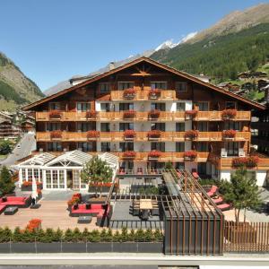 Hotel Pictures: Hotel Couronne Superior, Zermatt