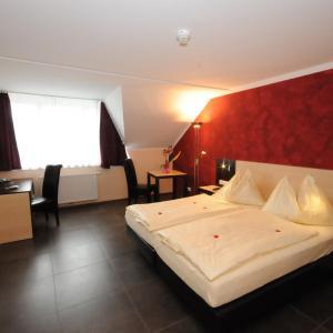 Hotellikuvia: Gasthof Bacher, Villach