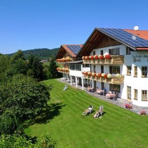 Hotelbilleder: Landhaus Maria Bed&Breakfast, Regen