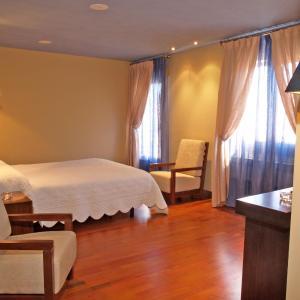 Hotel Pictures: Hostal Fuentefria, Abejar