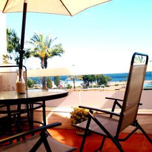 Hotel Pictures: Hostal Don Juan, Torre del Mar