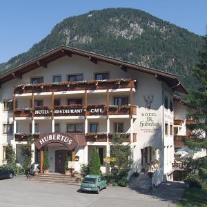 Foto Hotel: Hotel Hubertus, Lofer