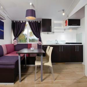 Hotellikuvia: Solaris Camping Mobile Homes, Šibenik