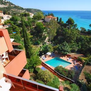 Hotel Pictures: Résidence 'Le Golfe Bleu', Roquebrune-Cap-Martin