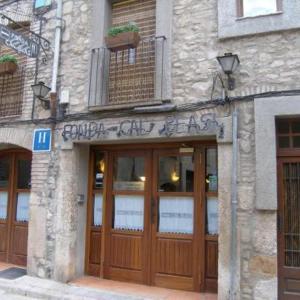 Hotel Pictures: Hotel Fonda Cal Blasi, Montblanc
