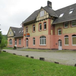 Hotelbilleder: Hotel am Bahnhof, Coppenbrügge