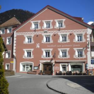 Fotos do Hotel: Gasthof zum goldenen Löwen, Nauders