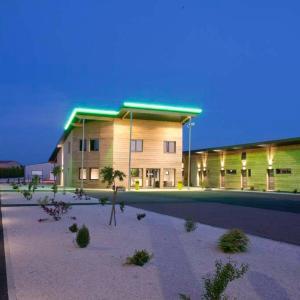Hotel Pictures: Bio Motel, Semoutiers