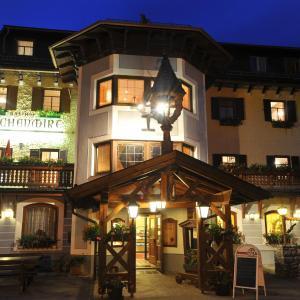 Hotellikuvia: Gasthof Kirchenwirt, Lackenhof