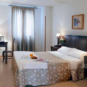 Hotel Pictures: Hotel Praderón, San Sebastián de los Reyes
