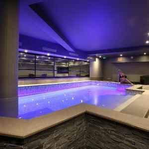 Hotel Pictures: Hotel le Cinq Hyper - Centre, Chambéry