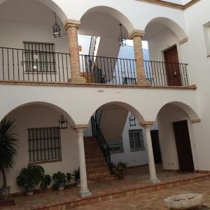 Hotel Pictures: Quartos City Apartments Carmona, Carmona
