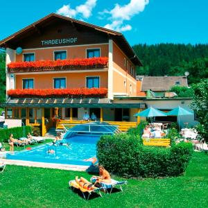 Hotelbilleder: Hotel Restaurant Thadeushof, Techelsberg am Worthersee