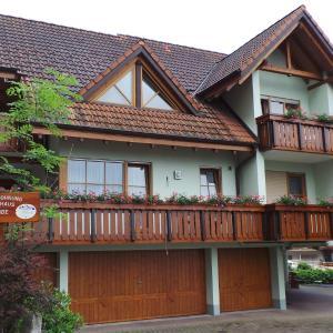 Hotel Pictures: Gasthaus Linde, Lauf