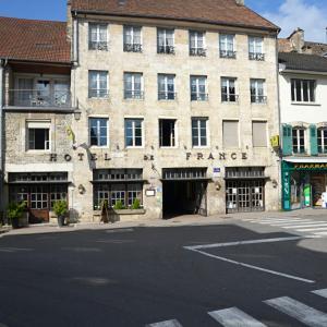 Hotel Pictures: Hôtel-Restaurant de France, Ornans