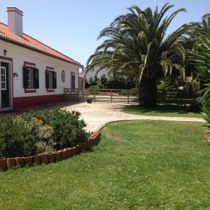 Hotel Pictures: Quatro Sóis Guesthouse, Ericeira