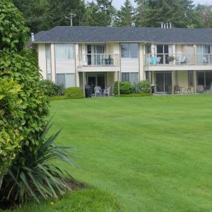 Hotel Pictures: Ocean Sands Resort Inc., Parksville