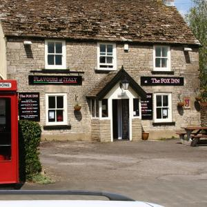 Hotel Pictures: The Fox Inn, Hawkesbury