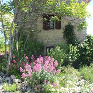 Hotel Pictures: Le Mas de Fournery, Villeneuve-de-Berg
