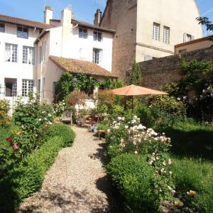 Hotel Pictures: La Maison Tupinier, Cluny