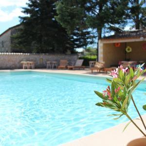 Hotel Pictures: Hotel De L'aven, Orgnac-l'Aven