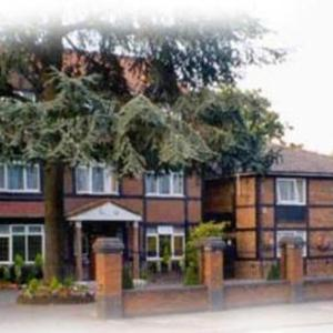 Hotel Pictures: Kings Paget Hotel, Heathrow