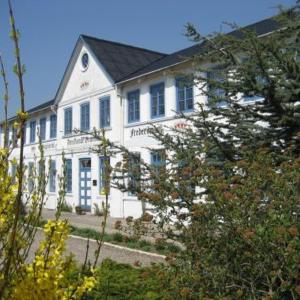 Hotel Pictures: Den Gamle Grænsekro Inn, Christiansfeld