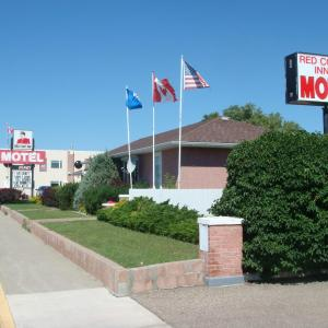 Hotel Pictures: Red Coat Inn Motel, Fort Macleod