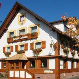 Hotelbilleder: Hotel Lamm, Heimbuchenthal