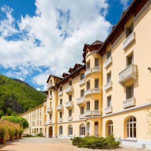 Hotel Pictures: Le Grand Hôtel Thermal, Prats-de-Mollo-la-Preste